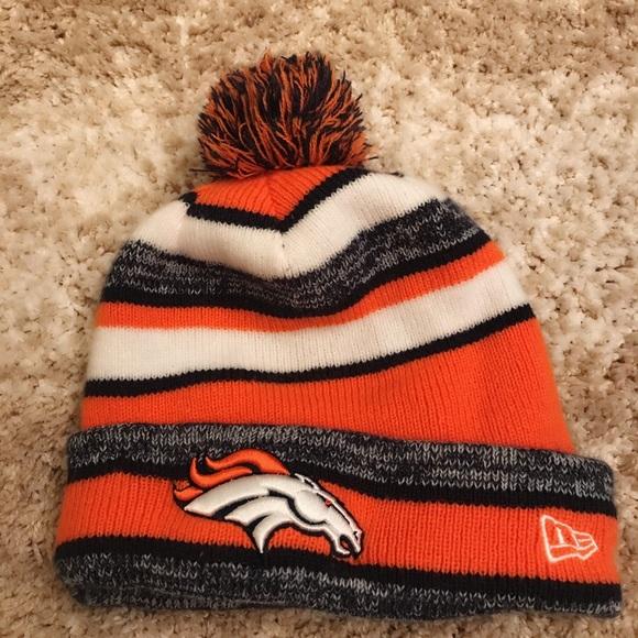 b8e41c74e28 New Era Denver Broncos beanie. M 5c08bb279fe486d15324494e